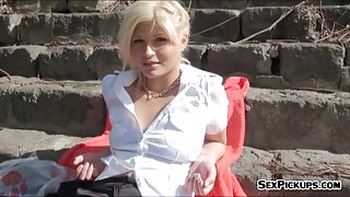 Amateur blonde Czech girl Kitty Rich banged for money