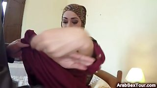 Arab babe sucks huge dick and fucks in exchange for money