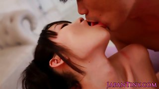 Japanese petite babe facialized in threesome