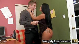 Monica Santhiago & Danny Wylde in Latina Dultery